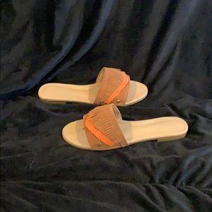 Ugg Binx sandal
